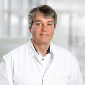 Proträtfoto Prof. Glaß